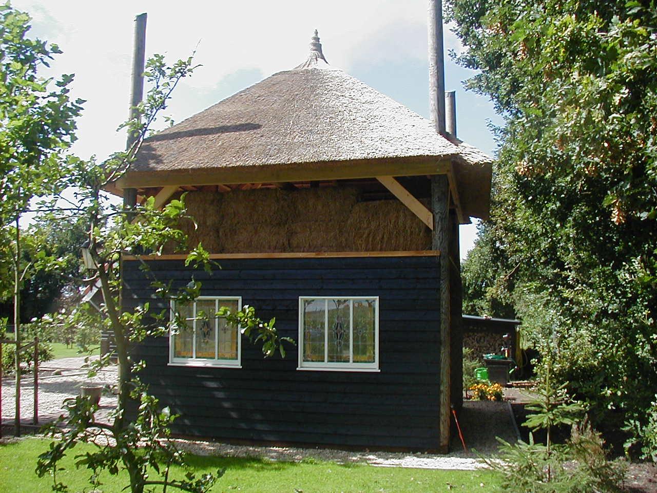 Hooiberg bouwen aanbouw huis voorbeelden for Zelf woning bouwen prijzen